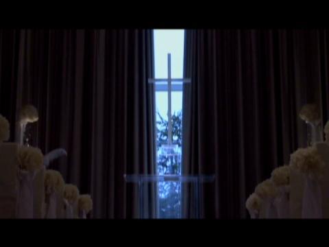 やわらかな光が差しこむ開放的なチャペル。プール付き貸切一軒家で叶えるオリジナルW ヒルサイドクラブ迎賓館 札幌