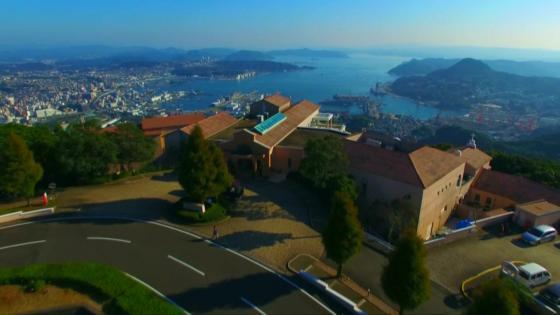 佐世保の街並みと九十九島の島々を一望する絶景で大切なゲストをもてなして 弓張の丘ホテル