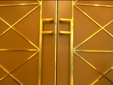 オーダードレスが含まれた大好評の新プランで、アットホームウェディングを叶えよう! ホテル メルパルク大阪