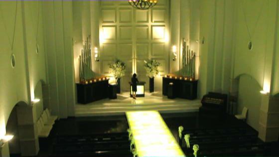 恋人の聖地に建つ聖フランチェスカ大聖堂 シーフロントでリゾート気分も満喫できそう CIER ET MER & I STYLE(シェル エ メール&アイ スタイル)