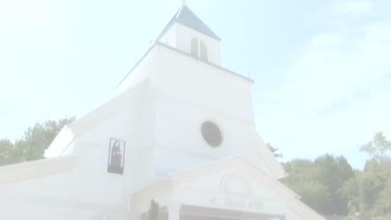 ハワイ・カウアイ島の伝統を継ぐ【聖スパークヒル教会】ハワイならではの挙式が叶う! ハワイアンズホテルウエディング