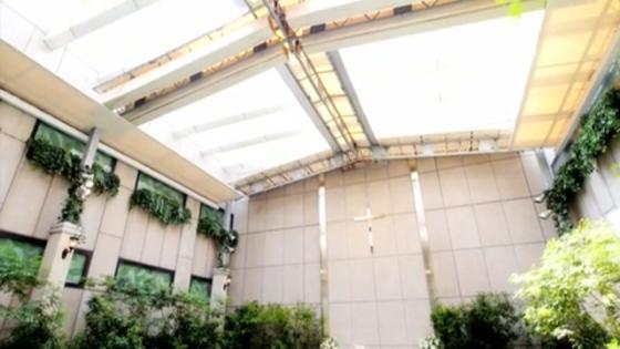 緑あふれるガーデンチャペルで明るい自然の光と風につつまれたナチュラルwが叶う KKRホテル東京