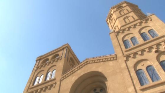 聖なる光が溢れる大聖堂で感動のウエディング! ウエディングヒル ラヴィーナ和歌山