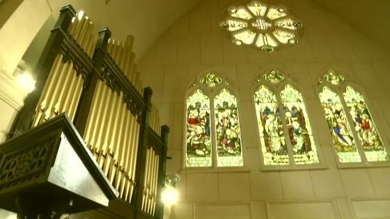 永遠を誓う舞台。アイルランドより譲り受けた130年もの歴史を刻む壮観な大聖堂 セントパトリック・チャーチ/ロイヤルホールヨコハマ