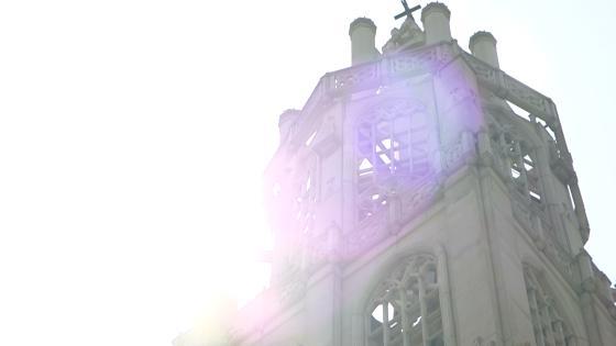 世界遺産を再現した荘厳な大聖堂と緑あふれるガーデン付ゲストハウスで憧れの一日を アンジェリカ・ノートルダム ANGELICA Notre Dame