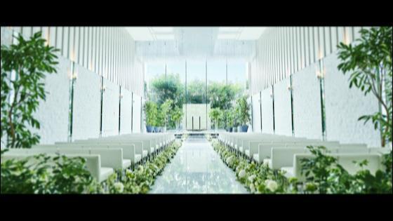 天井高6mを誇る、開放感溢れるチャペル。ゲストの笑顔に祝福される幸せの時間を シャルマンシーナ TOKYO