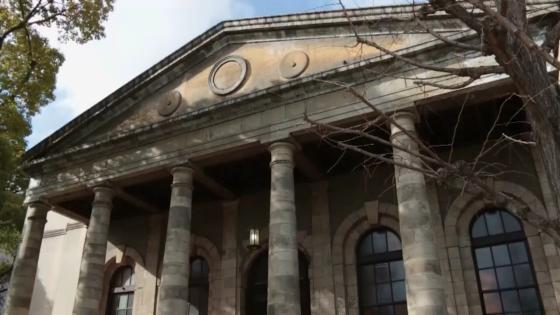 品格と情緒を纏う、美しき時間。歴史薫る重要文化財で華麗なウエディングを 旧桜宮公会堂(国登録重要文化財)