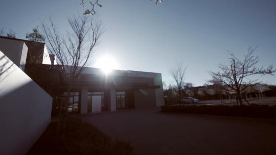 開放的なガーデンから望む緑のパノラマビュー!ここにしかない贅沢空間を貸切 けやき坂 彩桜邸 シーズンズテラス(けやきざか さいおうてい)