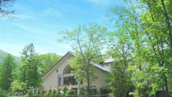 『白馬樅の木ホテル』の緑あふれるリゾートウエディングで特別な一日 白馬樅の木ホテル