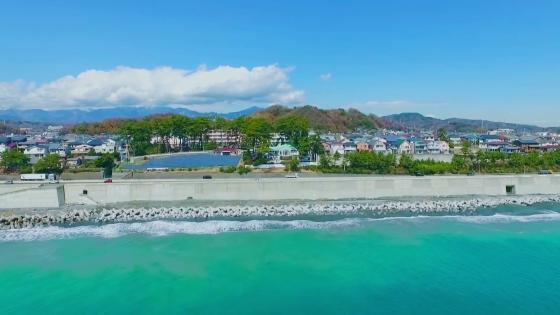 ロケーション抜群の海辺の別荘を貸切って、動きのある自由度の高いWパーティが叶う! 指帆亭