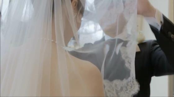 新郎新婦をより一層輝かせる、自然光と清らかな水の流れが美しいチャペル ヴィラ・グランディス ウエディングリゾート TOYAMA