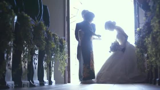 花嫁が輝く一日に大切な人たちに見守られて、笑顔と会話があふれるパーティを St.ヴェルジェ教会&ゲストハウス21