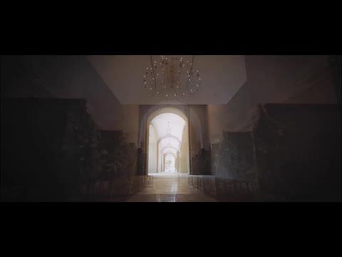 広大なガーデン付き独立型チャペル[ティボリ]白木を贅沢にほどこした神殿[雅宝殿] オークラ千葉ホテル